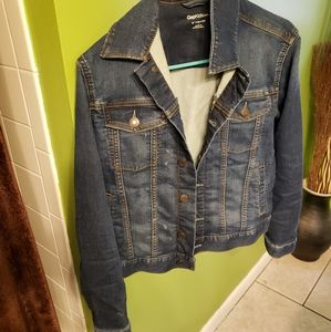 Blue jean jacket (a little stretchy)